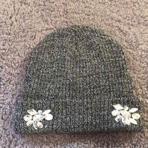 Grey and white mixed beanie hat